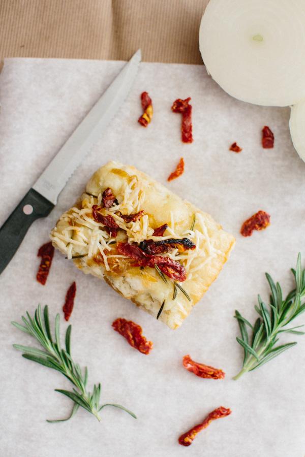 Sun-Dried Tomato, Onion and Rosemary Focaccia Bread ...